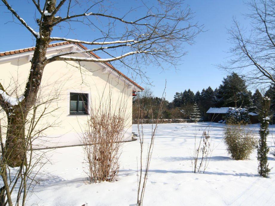 Black Pearl mit Sicht auf Sauna und Garten