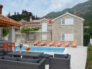 Apartment Villa Fortunei