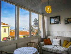 Apartment Typical Garda House (017067-CNI-00149)