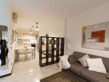 Apartment Green Lake Star Downtown (017067-CNI-00238)