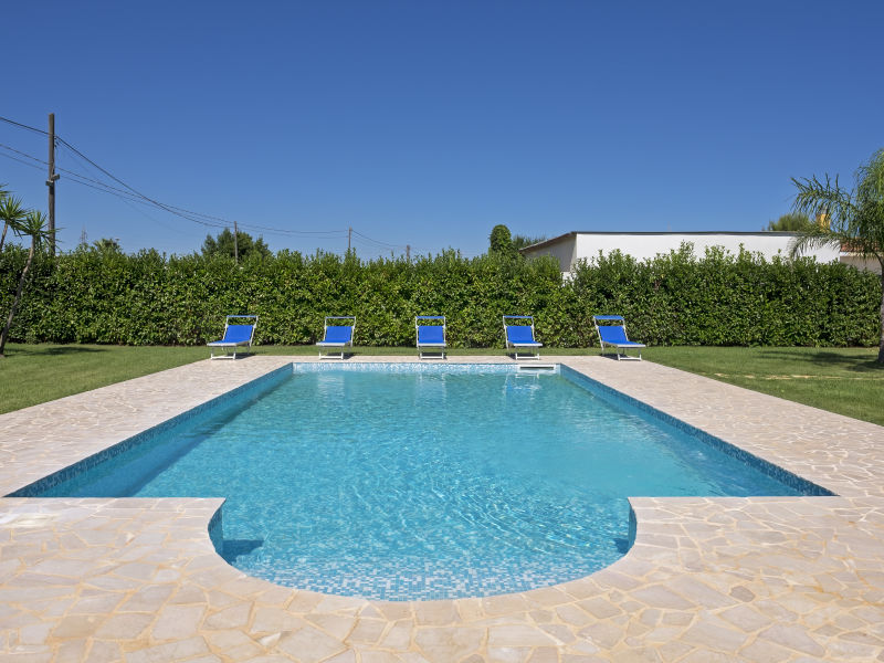 Villa Red mit Pool - Privatstrand inklusive