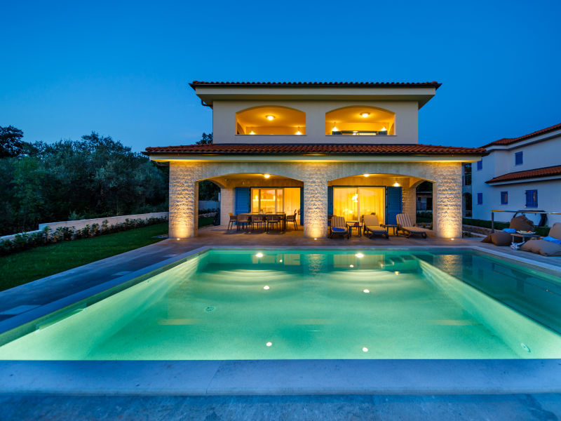 Luxury Villa Loma