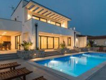 Luxury Villa Viktorija