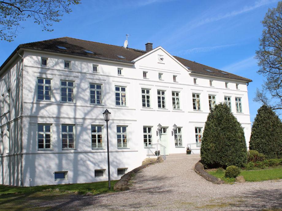 """Außenaufnahme """"Herrenhaus Blengow"""""""
