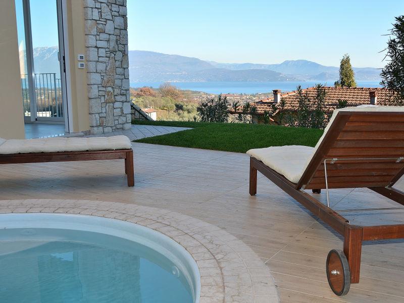 Apartment Casa Castellana mit Pool und Seeblick
