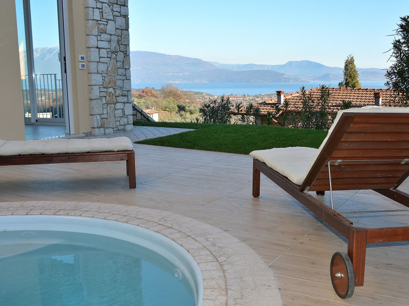 Apartment Casa Castellana With Pool And Lake View