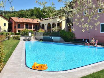 Apartment Residence Corte La Fiorita With Pool
