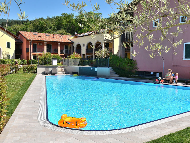 Apartment Residence Corte La Fiorita With Pool