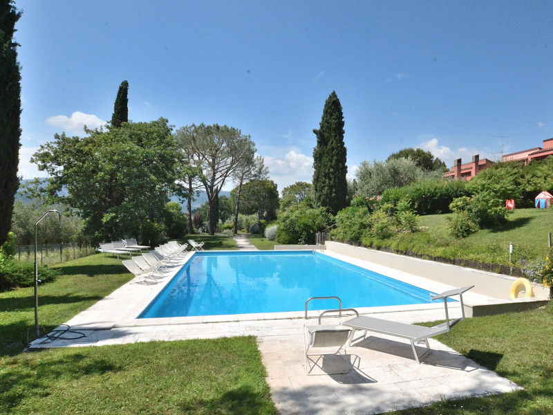 Apartment Residence Paradiso del Garda With Pool
