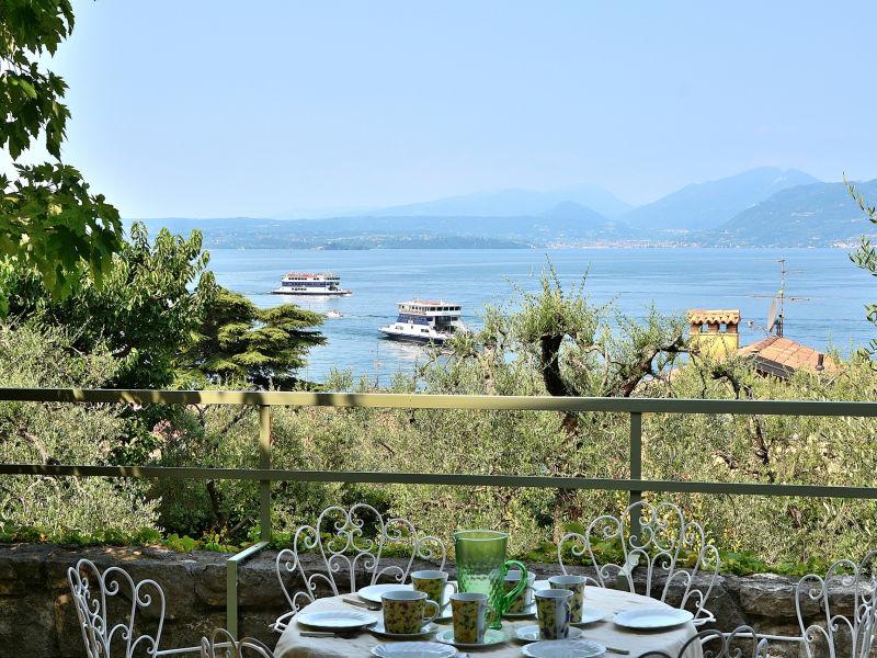 Villa Saldan with Lake View