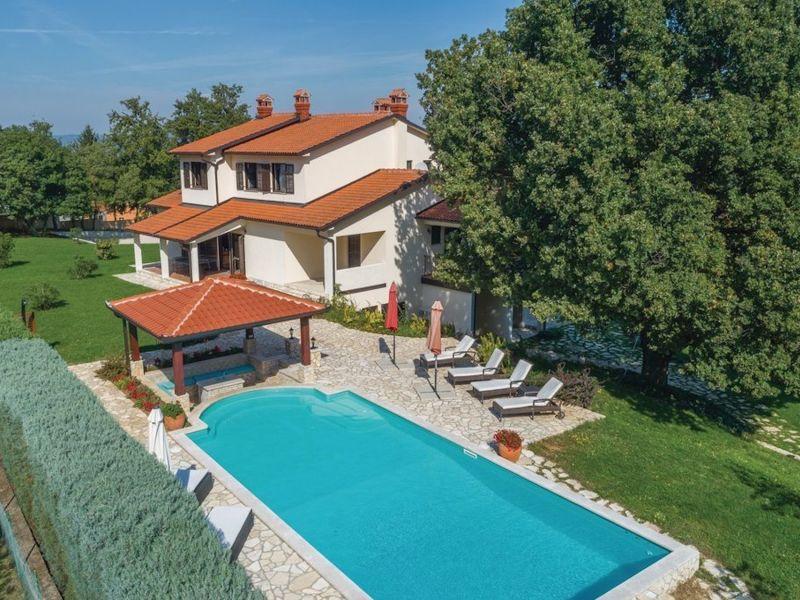 Villa Lenika