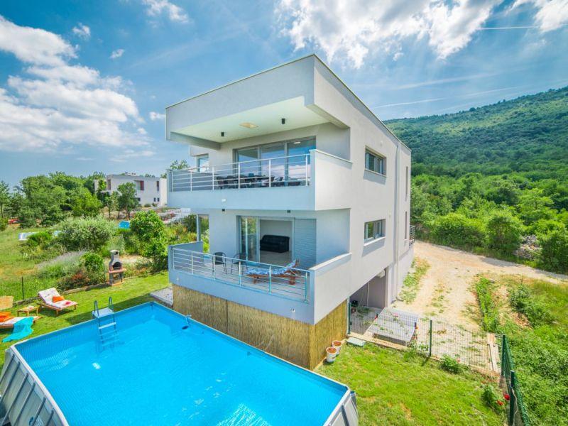 Villa Caitlin Drenje