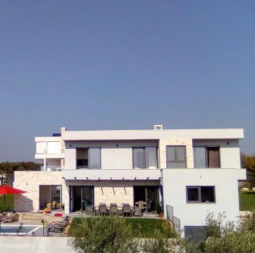 NEW   Villa Lana