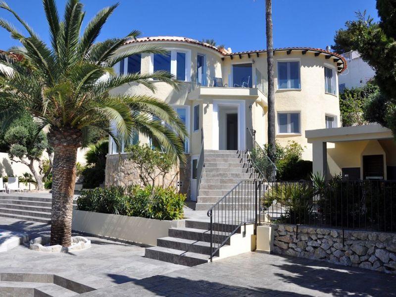 Villa Mandalea
