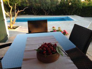 Ferienwohnung Trpimir