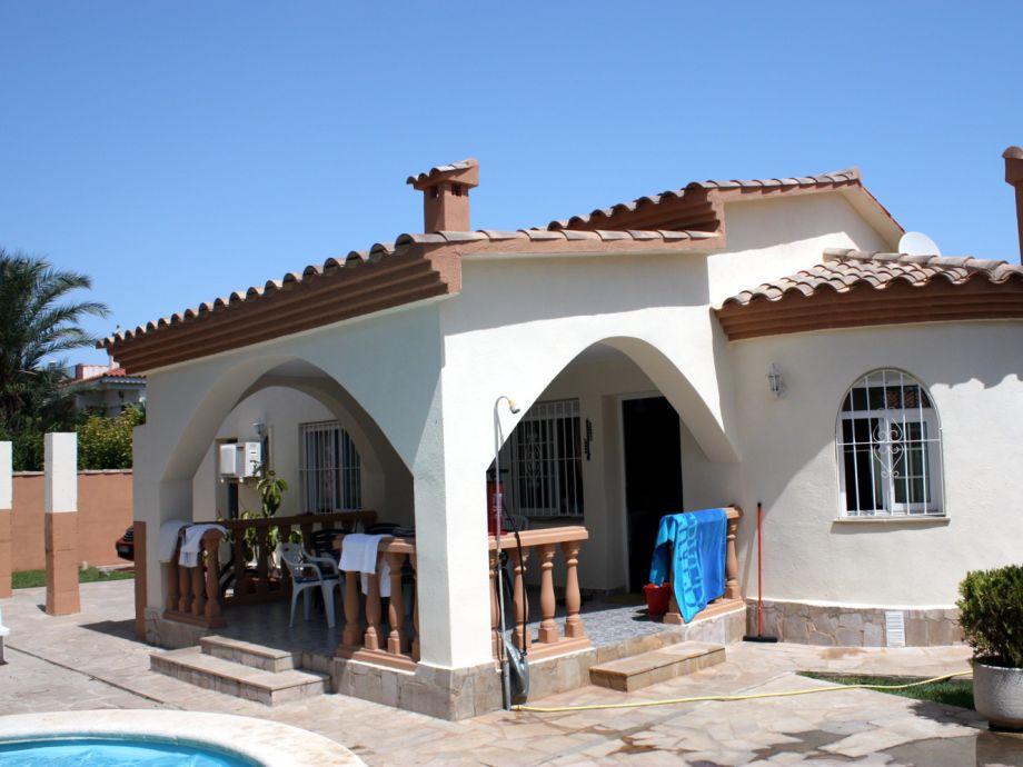 ferienhaus in vinaros mit pool vinaros herr brach. Black Bedroom Furniture Sets. Home Design Ideas