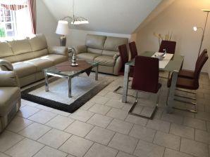 ferienwohnung rotbuche 1 norden firma ferienwohnungen pfl ger frau a pfl ger. Black Bedroom Furniture Sets. Home Design Ideas