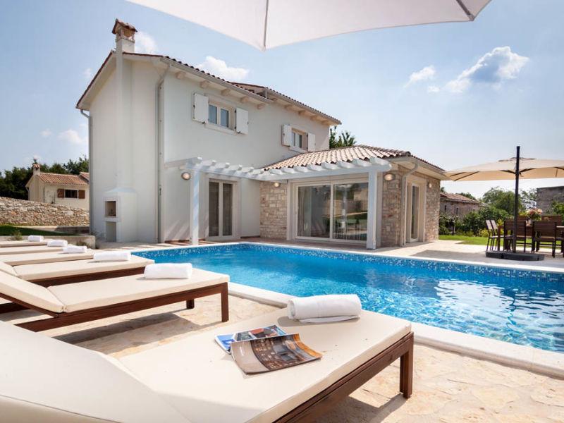 Villa Adaggio