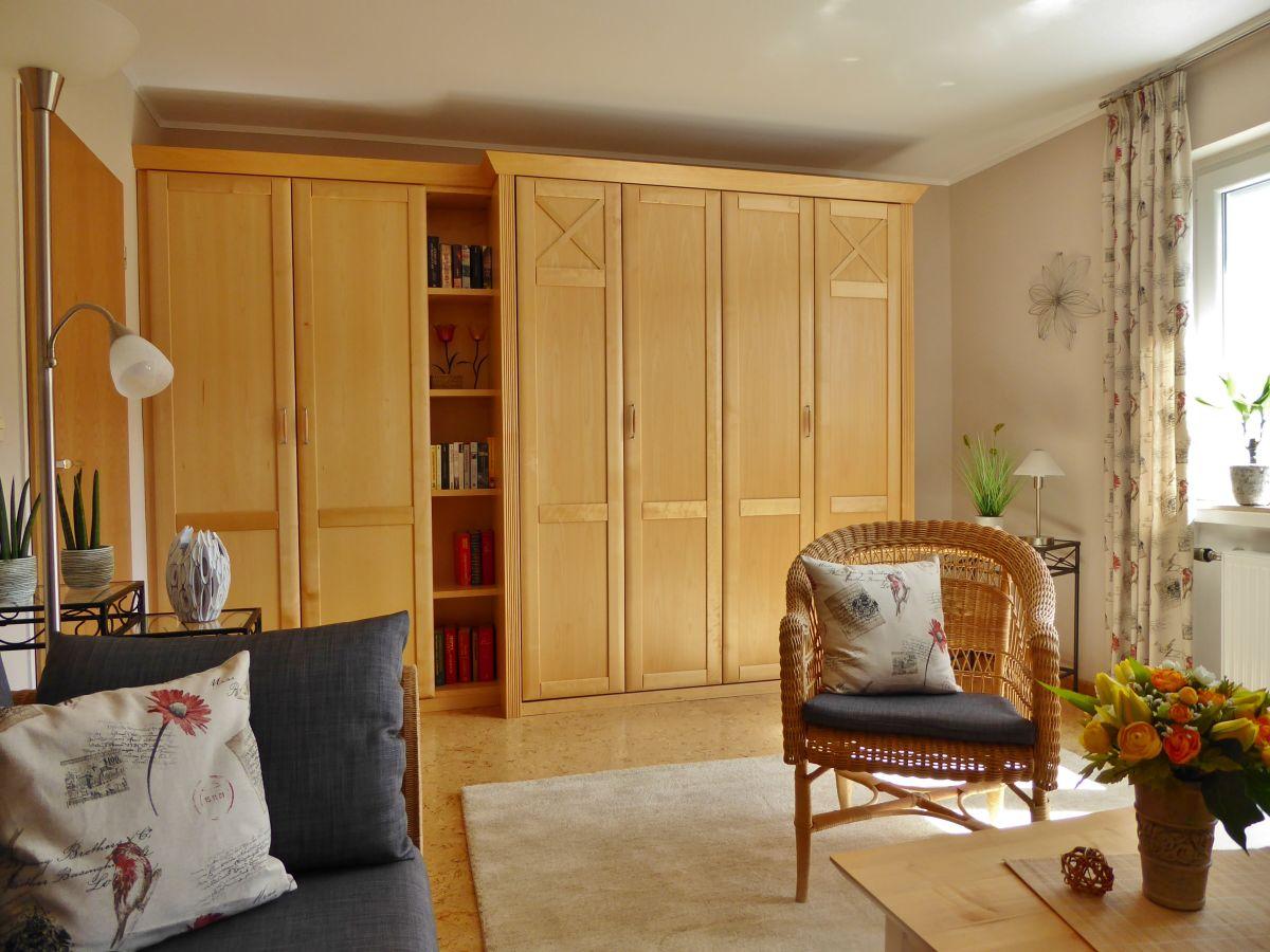 ferienwohnung sabine n bel beverungen familie martin sabine n bel. Black Bedroom Furniture Sets. Home Design Ideas