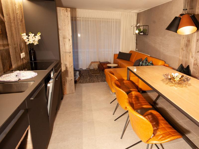 Apartment 203 Ruben