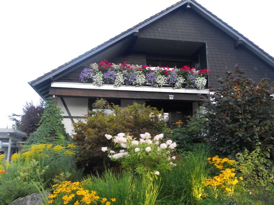 unser Haus im Sommer.......