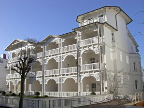 Apartment with sea view in the spa town of Binz at the Baltic Sea