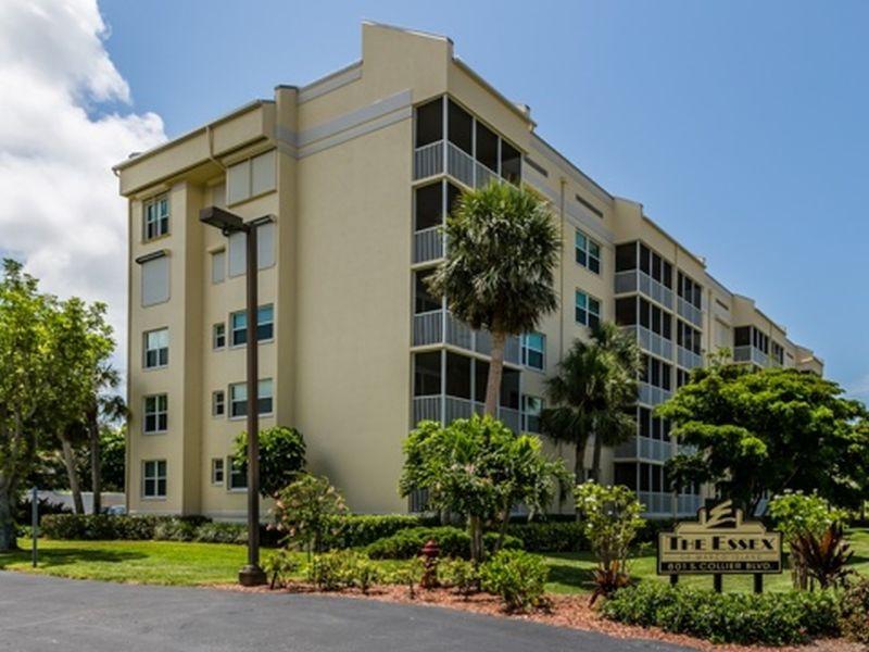 Apartment Essex Condo -beach access