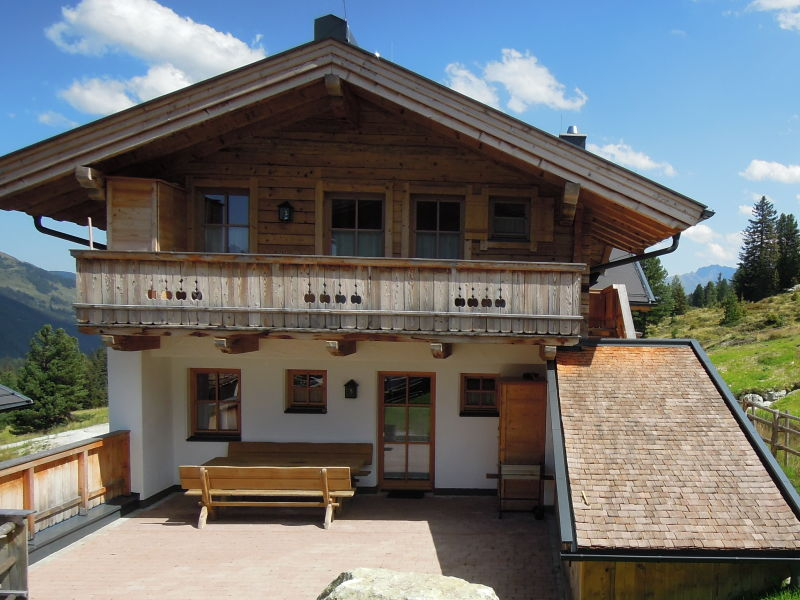 Ski lodge Chalets Lang in Hochkrimml for 14 persons