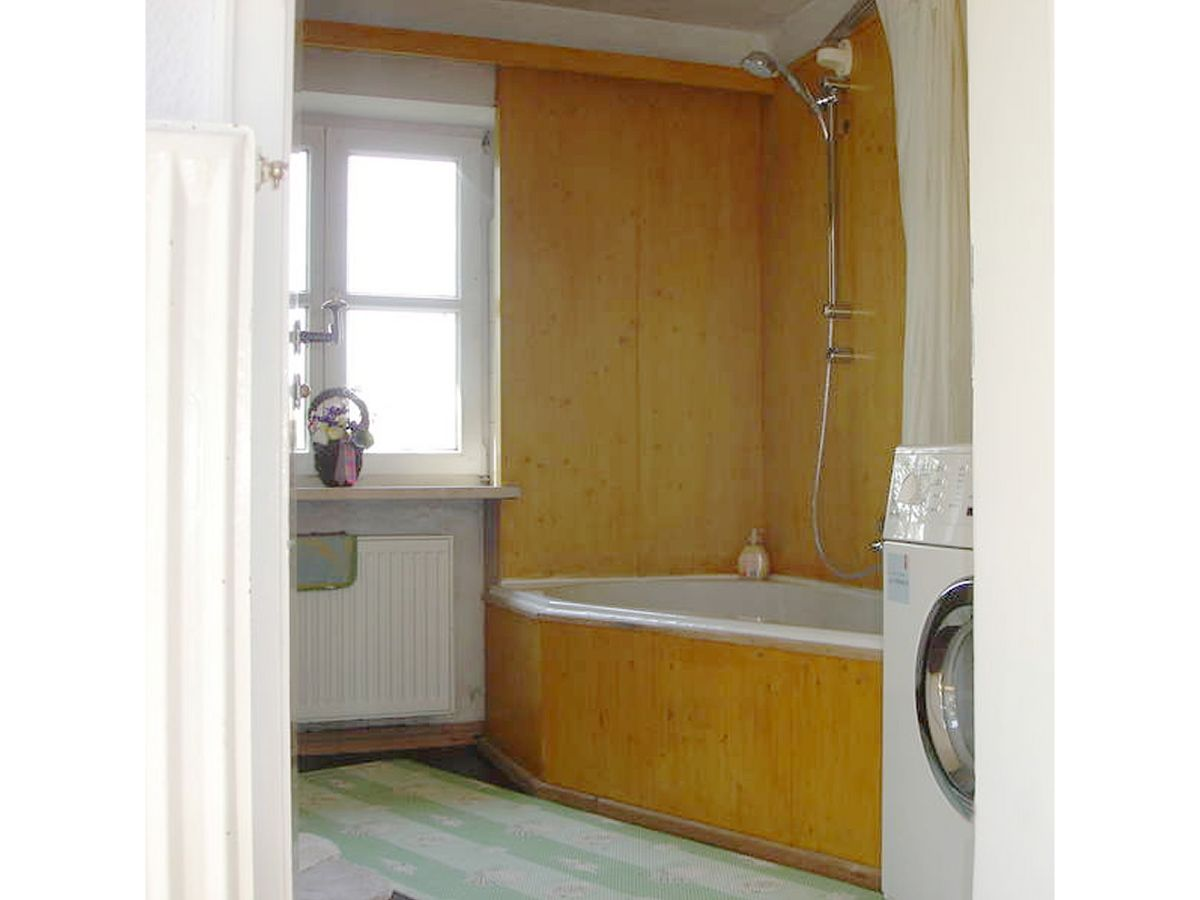 kleine k che mit waschmaschine einrichten k che ikea kind ganz kleine fliegen in der sitzbank. Black Bedroom Furniture Sets. Home Design Ideas