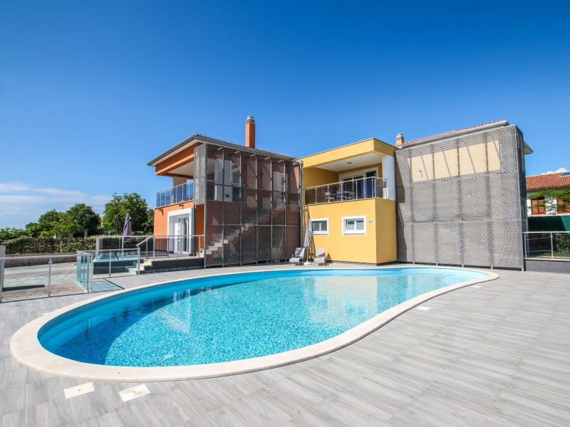 Apartment Elody I mit Terrasse