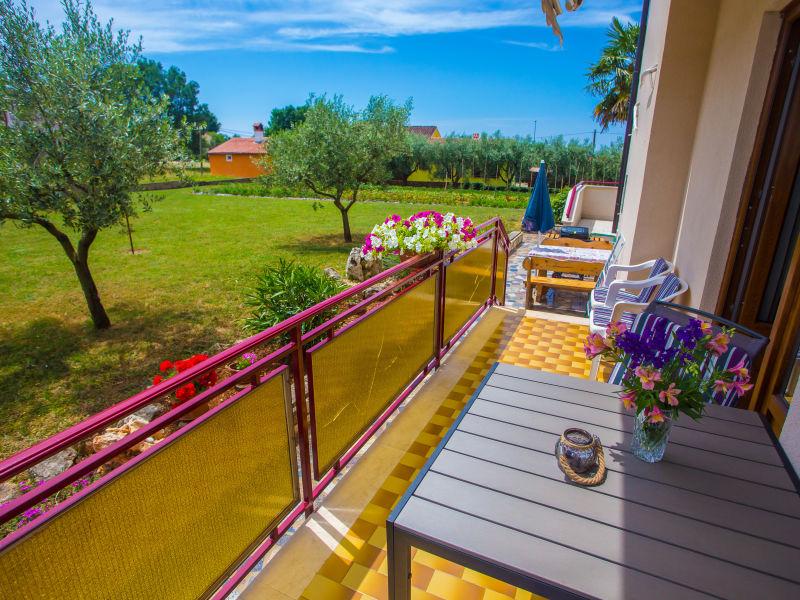Apartment Koseto II mit Balkon