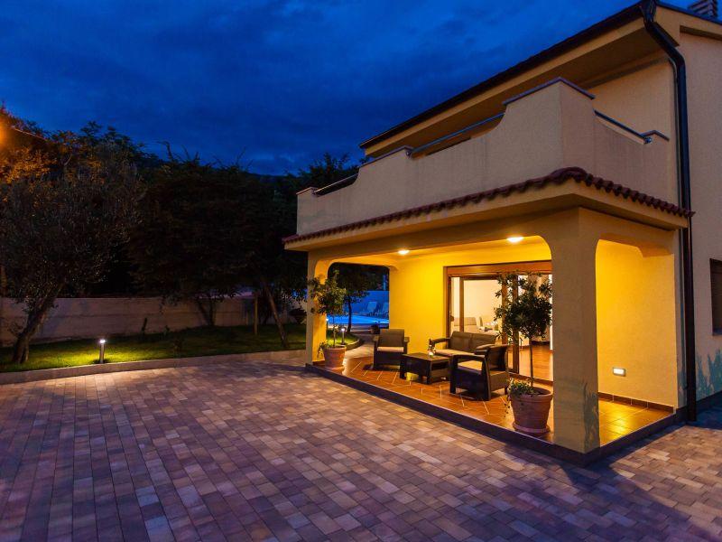 Villa Carlita mit Pool