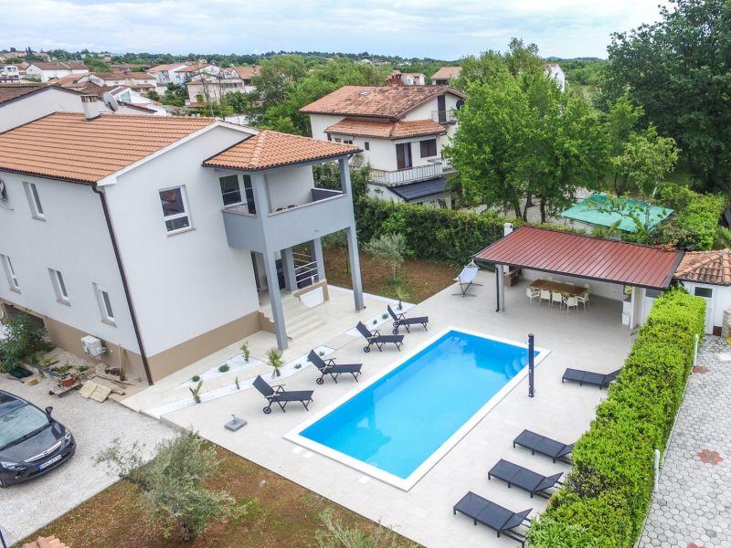 Apartment Kai V with Balcony, Pool and Garden