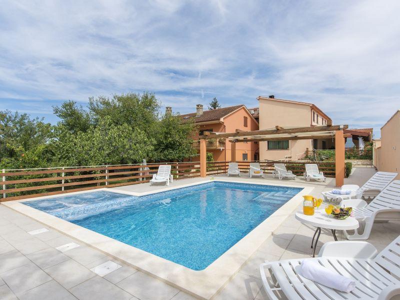 Apartment Kaporalin Matteo mit Pool