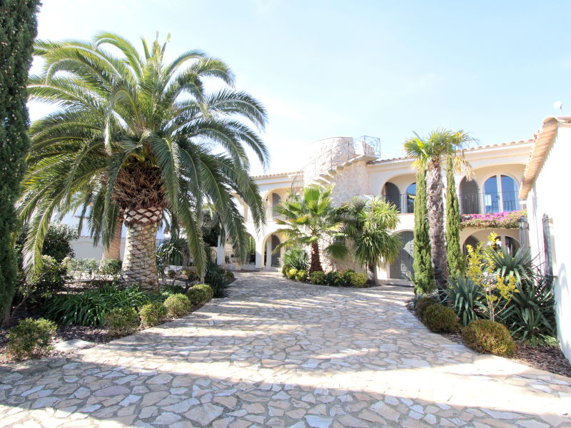 Villa Royal - 10500