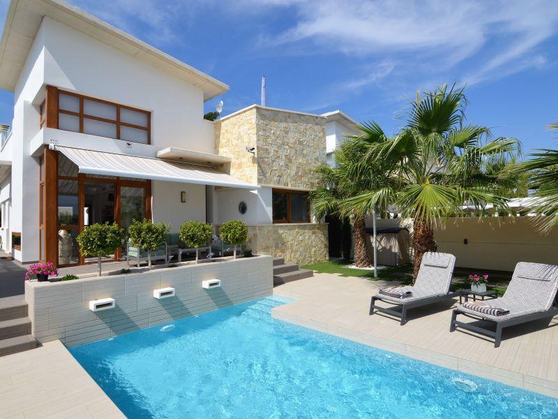 Ferienwohnung Villa Guri