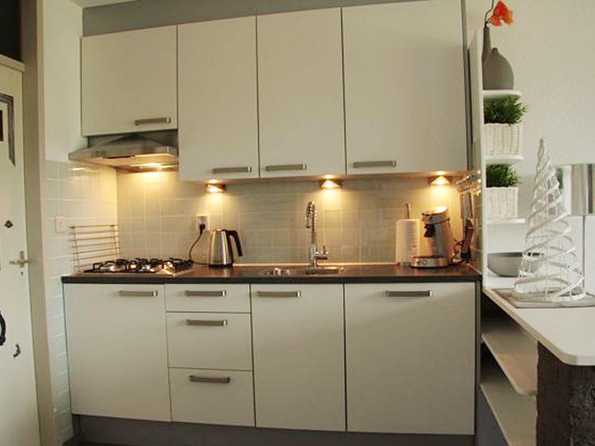 ferienwohnung im ferienhaus tophuisje 1 zeeuws vlaanderen zeeland herr patrick van der burgh. Black Bedroom Furniture Sets. Home Design Ideas