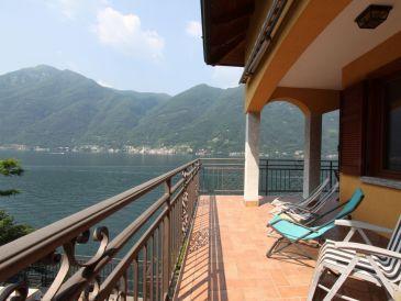 Villa Rosina 3 Apts with Lake views