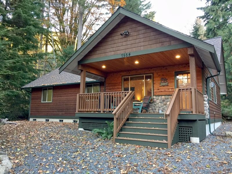 Cottage Mt. Baker Cabin #65 - Sleeps 10!