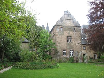 im historischen Wohnturm der Oberburg Lissingen