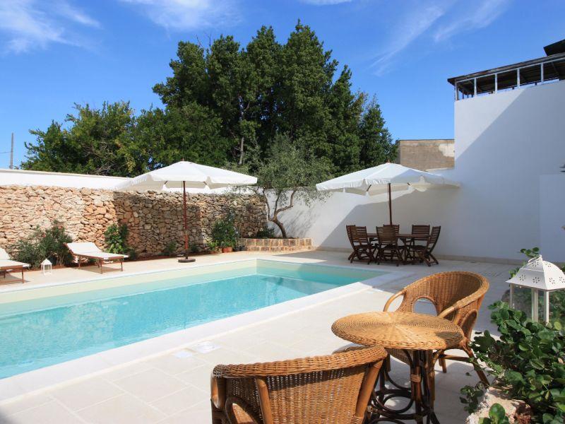 Villa Luxury faber courtyard