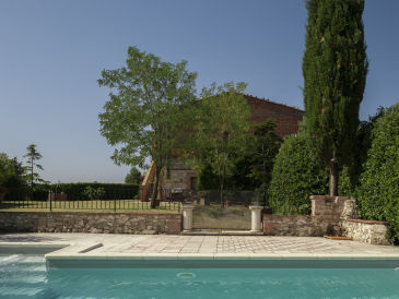 Apartment Agritourism close to Siena for up to 8 Persons