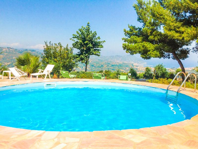 Holiday apartment Villa Glori ai Poggi di Imperia - Liguria