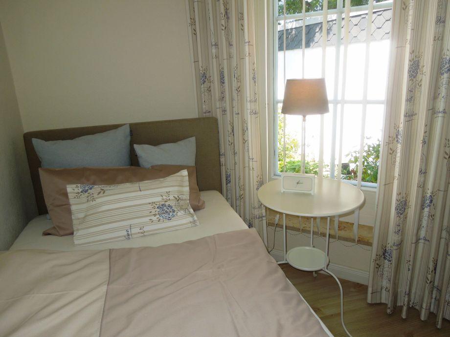 ferienhaus 39 das kleine atelier im gr nen 39 ostsee l becker bucht frau christel m hlmann. Black Bedroom Furniture Sets. Home Design Ideas