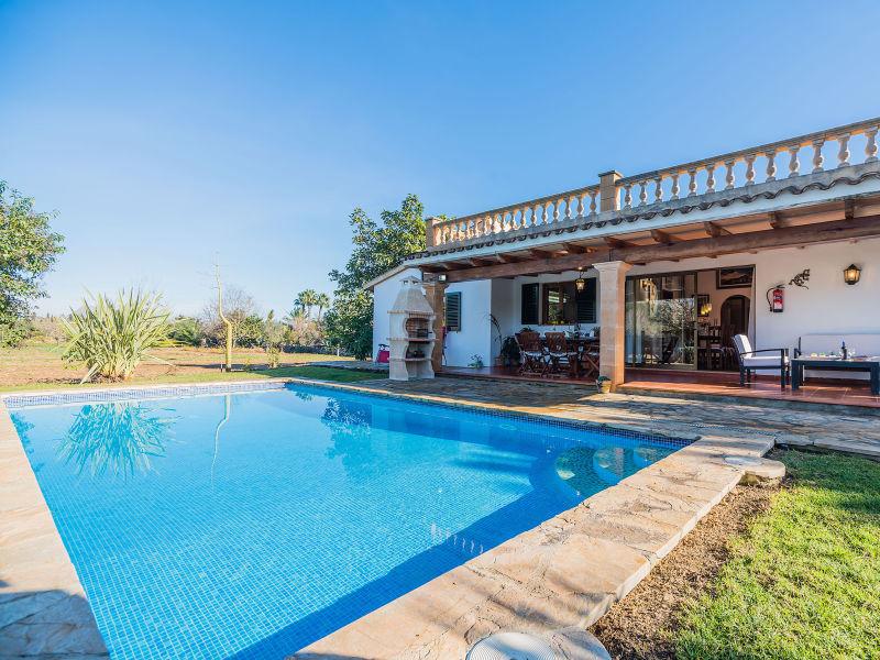 Villa Santuiri  Ref: VP51