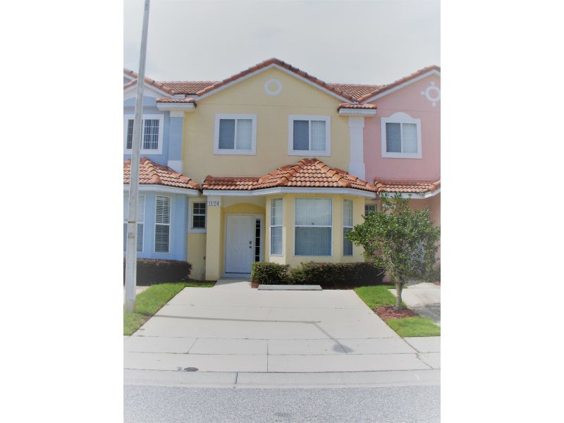 Holiday house New Renovated Townhome in Gated Community - 1124FK