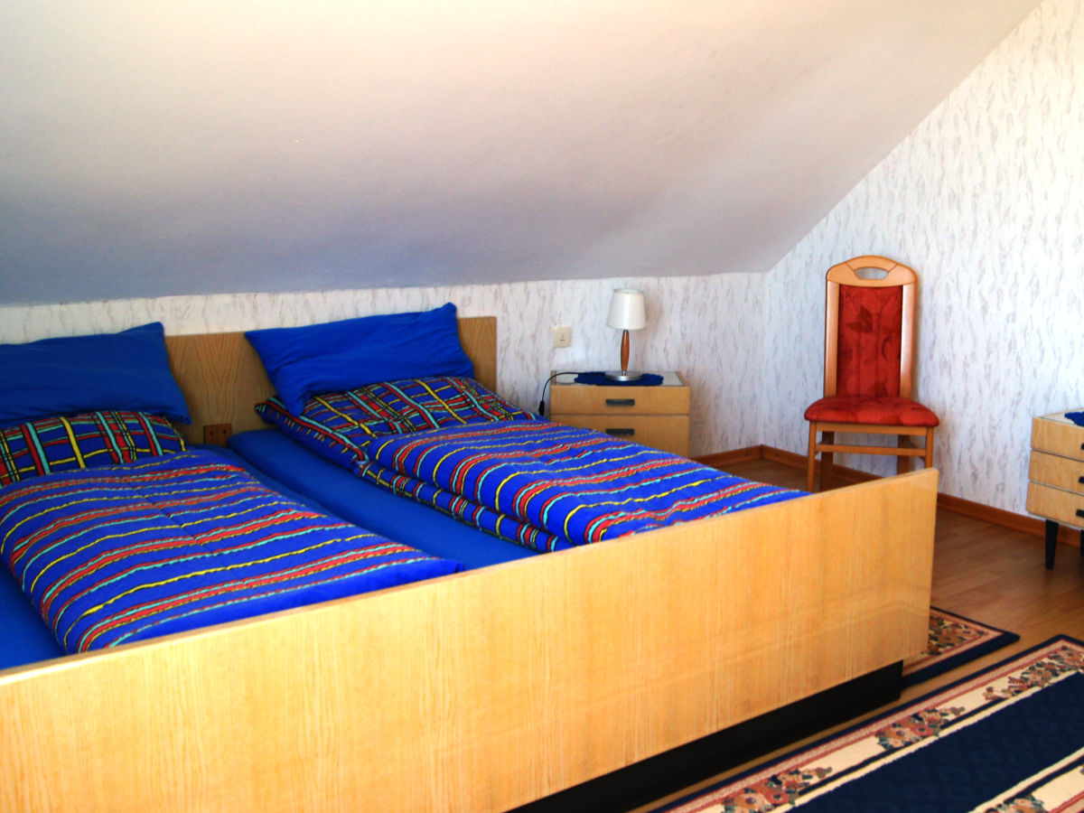 ferienwohnung rheinblick kreis mainz bingen herr walter hochstein. Black Bedroom Furniture Sets. Home Design Ideas