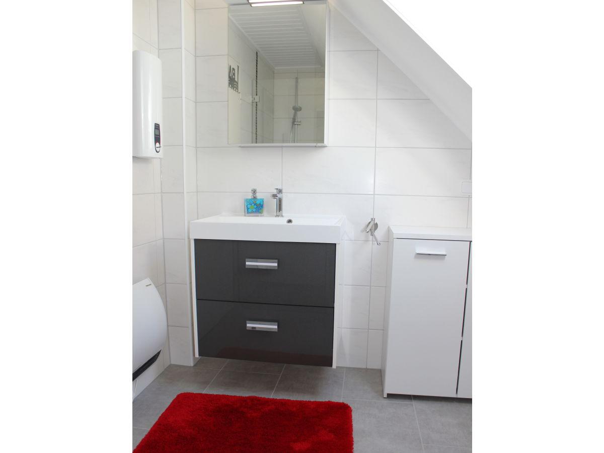 ferienwohnung deichblick mit meerblick in dangast nordseebad dangast am jadebusen. Black Bedroom Furniture Sets. Home Design Ideas