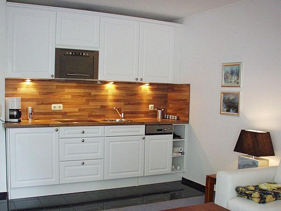 ferienwohnung seepferdchen l becker bucht frau melanie dillmann. Black Bedroom Furniture Sets. Home Design Ideas
