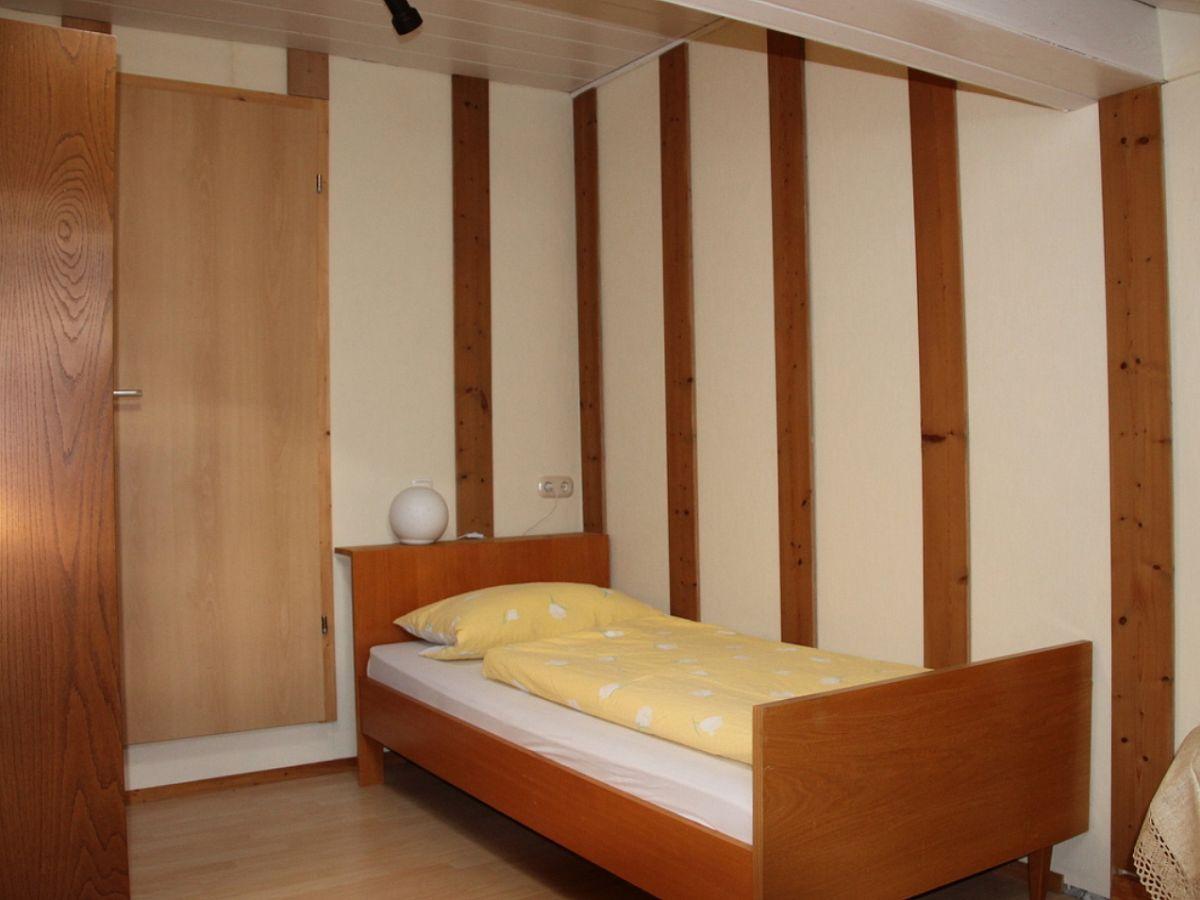 ferienwohnung landhaus eibeler obermaiselstein frau. Black Bedroom Furniture Sets. Home Design Ideas